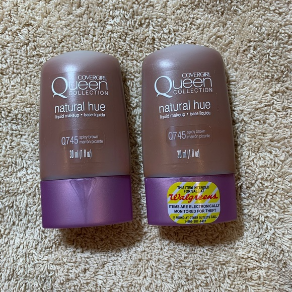COVERGIRL Other - Covergirl queen collection natural hue Q745 new x2